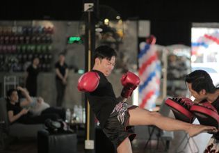 Learn MuayThai with The Champion Of Thailand