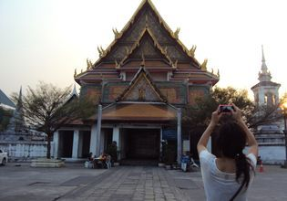 Joined Tour: Walking Tour along Chao Phraya River: Diversity and Harmony