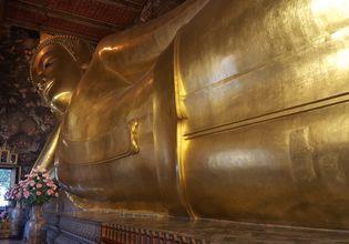 Reclining Buddha temple (Wat Pho)