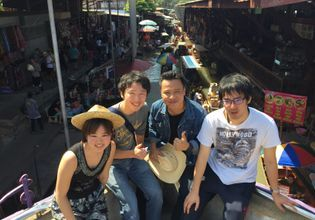 Damnoen Saduak Floating Market, Maeklong Railway Market and Boat Ride