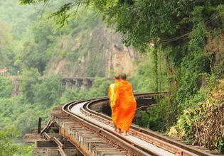 [Joined Tour] An One-Day Tour of Kanchanaburi + River Kwai + Death Railway