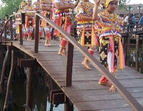 100 years community and Southern Thai tradition Arts