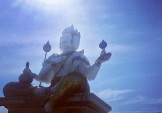 See a Real Antique Village with A Friendly Local on a Chachoengsao Day Tour
