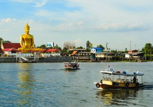Chao Phraya River Boat Trip with Local Culture
