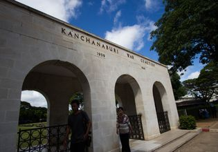 Explore The 'Deadly' Beautiful Kanchanaburi Historical Railway With a One-Day Tour