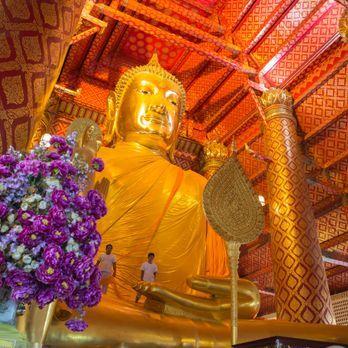 Wat Phanan Choeng (วัดพนัญเชิงวรวิหาร)