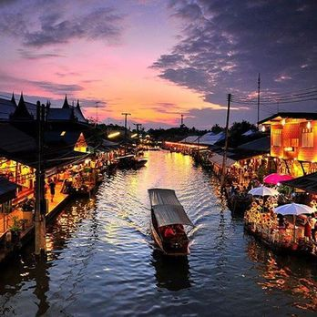 Amphawa Floating Market (1)