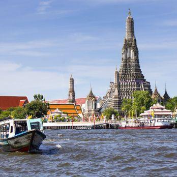 Wat Arun by the riverside