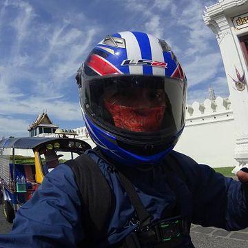 Motorcycle Ride in Bangkok Old Town