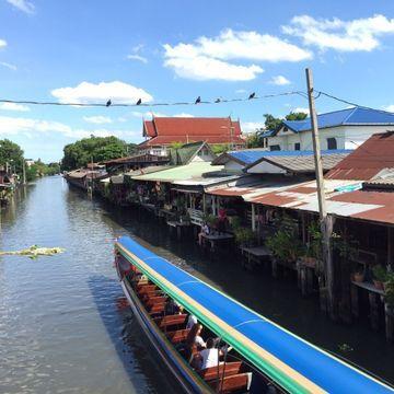 """River Market """"Klong Bang Luang"""" & Thai Puppet Show"""