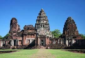 Thailand's Little Angkor Wat - Prasart Hin Phimai