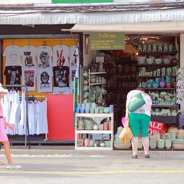 Chatuchak JJ Green Market Tour with A Local