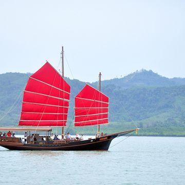 Cruise from Phuket to Phang Nga Bay on June Bahtra