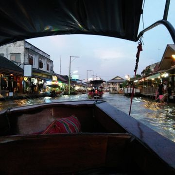 Private Boat : Maeklong Railway Market & Amphawa Floating Market [Special for Customize Customers]