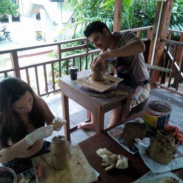 Cours d'initiation à la poterie locale