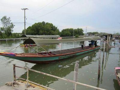 Pier boat tour to go Bangkok sea view restaurant