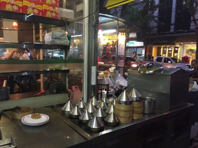 Chinatown Food tour with a Real Local