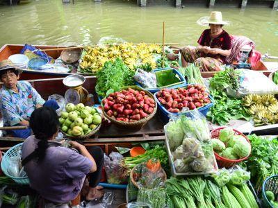 The Bangkok Flavors x Fantastic Floating Market