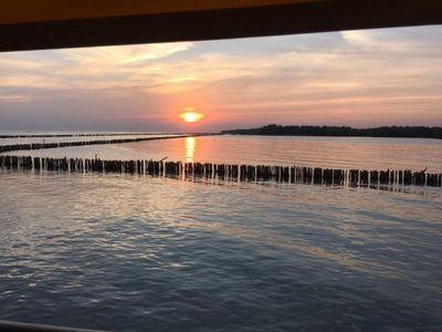 See sunset at Bangkokseaview restaurant