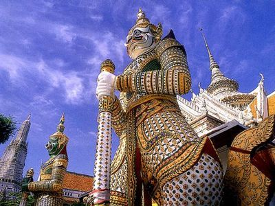 Bangkok's the most iconic temple tour in a day