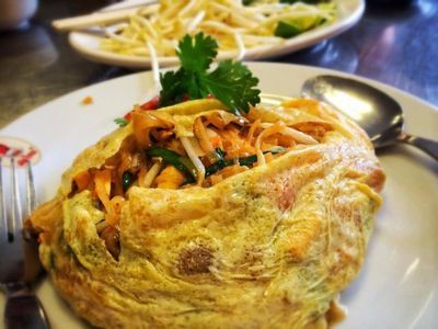 Discover Local Foods in Historic Bangkok With a One-Day Food Tour