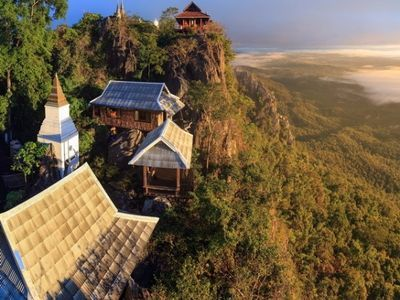 Unseen Thailand in Lampang - Remarkable temple on mountain