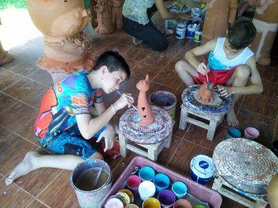 la peinture sur poterie