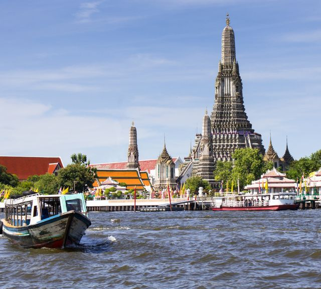 Bangkok Temple Tour By Private Car