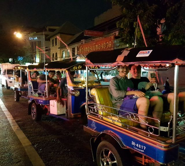 Bangkok Tuk Tuk Night Tour: Food, Markets & Temples