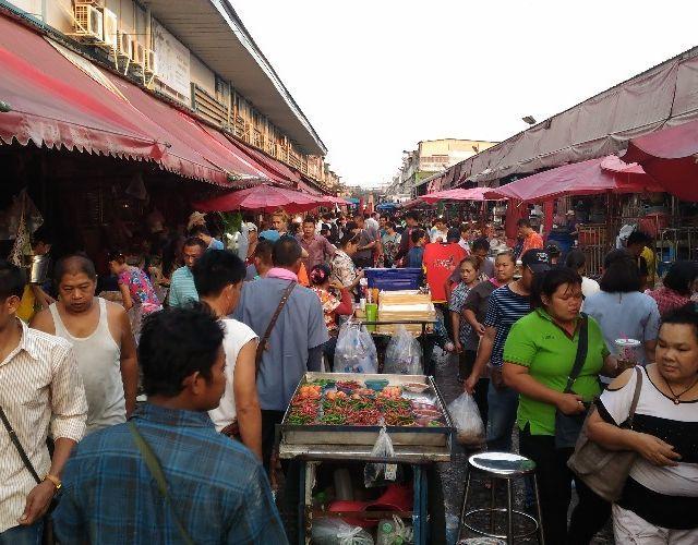 Street Food Mecca: Klong Toey Fresh Market