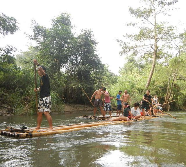 Chiang Mai: Bamboo Rafting with Local Lunch