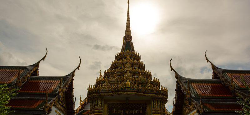Wat Rakang Kositaram