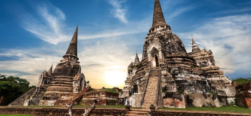 Reverse time All-in-one day tour to Ayutthaya with a Private car. Day Trip from Bangkok