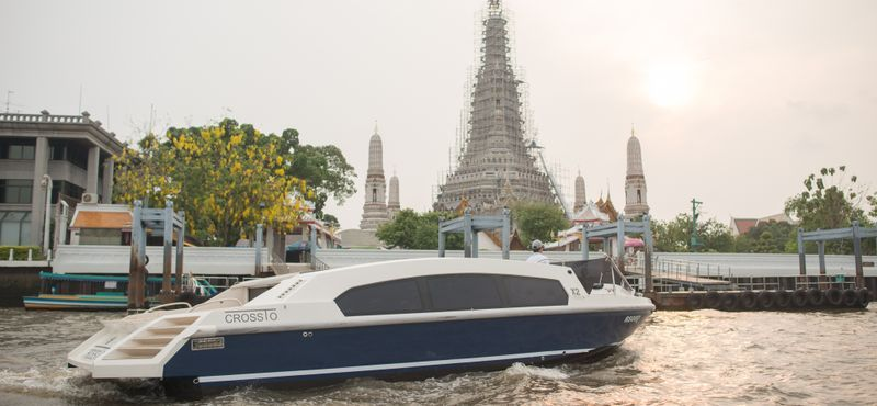 Joined Tour : 2 Hour Luxury River and Canal Tour (Morning)