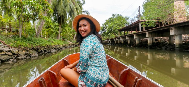 Authentic local life style to Maeklong river