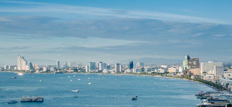 Beach Time Peaceful Little Island near Pattaya - Koh Lan