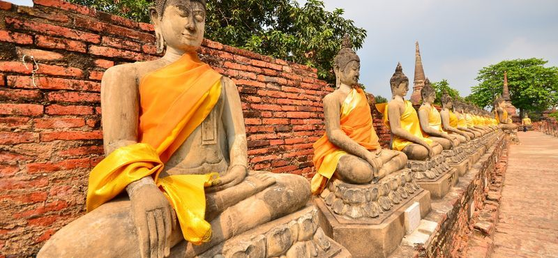 Historical City of Ayutthaya and Floating Market Tour by Private Car (One Day Trip)