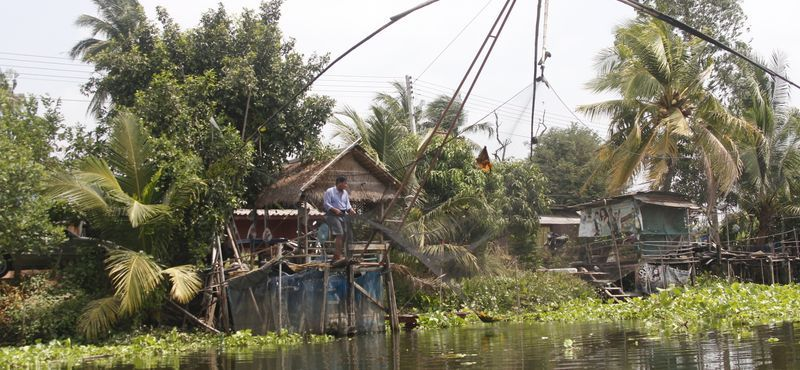 Train Ride & Agro Tour Near Bangkok of Rural Canals and a Lotus Farm